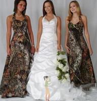 vestido de vaquero para las mujeres al por mayor-Vestidos de dama de honor largos de camuflaje de vaquero Halter sin mangas con pliegues hasta el suelo Longitud de dama de honor Vestidos de fiesta de invitados de boda para mujeres