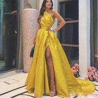 Wholesale simple red party dresses resale online - Yellow Taffeta Prom Dresses Cheap One Shoulder Pleats Side Split Dresses Evening Wear Sweep Train Simple Party Gowns