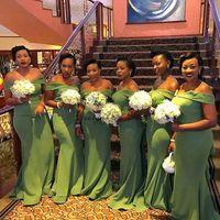 molho de jardim azeitona venda por atacado-2020 sereia verde vestidos de dama de honra fora do ombro trem da varredura menina negra plus size jardim do país do casamento vestidos de hóspedes vestido de dama de honra