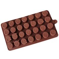 molde de cara sonriente al por mayor-28 Rejilla QQ Emoji Molde DIY Molde de chocolate Bandeja de hielo Cara sonriente Patrón Die Gel de sílice para hornear de grado alimenticio
