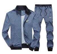 erkek tasarımcısı giysileri toptan satış-Tasarımcı AD Erkekler Setleri Kapüşonlu Eşofman Parça Ter Üç Çizgili Suits Erkek Eşofman Erkek Spor Takım Elbise Erkek Giyim