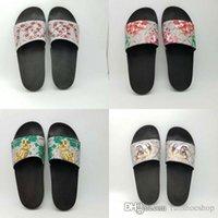 yeni moda terlik erkekler toptan satış-gucci slippers Yeni moda Erkek Kadın tasarımcı slaytlar Ayakkabı Yaz Geniş Düz Kaygan Sandalet Terlik Flip Flop BOYUTU 35-45