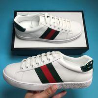deri i̇talyan ayakkabıları toptan satış-Yeni moda tasarımcısı sneakers adam gerçek deri kaplan arı yılan üst kalite özel İtalyan Sıkıntılı as ayakkabı kadın satışa büyük boy 12