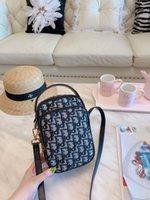 ingrosso borse in plastica in pvc-Borsa trasparente della borsa della caramella della gelatina all'ingrosso-all'ingrosso di plastica delle donne multicolore sacchetto sveglio grazioso di marca del pvc di crossbody famoso triste 0622