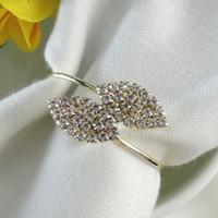 ingrosso tovaglie decorazioni di nozze-Futaba Grass Strass Tovagliolo Anelli Tovaglia di metallo per la decorazione di banchetto di nozze Accessori per la tavola di cristallo dell'hotel