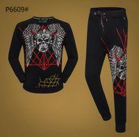 siyah uzun tişörtü toptan satış-Moda Tasarım Erkekler Kafatası Tee Siyah Uzun Kollu T-shirt + Pantolon Eşofman Sonbahar Marka Giyim Seti