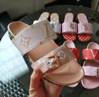 gummischuhe für frauen großhandel-Designer Schuhe Frauen BOM DIA FLAT MULE Rutsche Sandale Mode Dame Brief Drucken Leder Gummisohle Slipper mit 35-40 mit Box L7