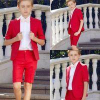 niños pequeños se adapta a los trajes de etiqueta al por mayor-2019 Boys Summer Tuxedo Boys Trajes de cena Chicos Trajes formales Tuxedo para niños Esmoquin Ocasiones formales Trajes rojos para hombres pequeños Dos piezas