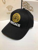 paare hüte großhandel-Luxus Hut Mode Sommer Männer und Frauen einstellbar Casual Baseball Cap Erwachsene Kappe paar Buchstaben Baumwollkappe