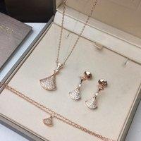 925 silber weißgold set großhandel-Luxus Frauen Schmuck Set Halskette Armband Ohrringe Untervergoldung 18 Karat Roségold / Weißgold, 925 Silber Ohrringe Anti-Allergie