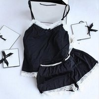 ingrosso set pigiama nero-Donne pigiama sexy pizzo pigiama di seta set lingerie vestiti per le donne cinghie nere pigiama signore accappatoio pigiama pigiama suit T190618