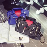 bolsos de diseño europeo vintage al por mayor-Nueva llegada de estilo europeo Mujeres Diseñador Remache Bolsos PU Chaqueta de cuero Bolsas Día Embrague Monedero bolsas Ropa Hombro Messenger Bag