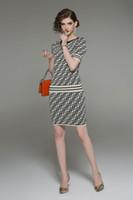 vestidos de primavera de dos piezas al por mayor-2019 recién llegado de moda vestido de las mujeres para el traje de primavera de alta gama estiramiento vestido de punto traje de dos piezas con dos colores disponibles