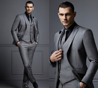 esmoquin gris ajustado al por mayor-Moda gris guapo traje para hombre traje de novio barato trajes de hombre formal para los mejores hombres Slim Fit Novio Tuxedos para hombre (chaqueta + chaleco + pantalones)