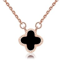 Wholesale clover pendants resale online - Luxury Designer Necklaces with Chain Clavicle Chain Clover Pendant Necklace Rose Golden Silver Colors Jewelry for Women Wedding