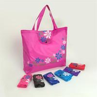 Wholesale oxfords clothing online - Convenient buckle handbag classic Oxford folding shopping bag floret underbutton environmental protection bag Storage Bags T5I6033