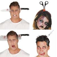juguetes cuchillo al por mayor-Accesorios para el cabello tridimensionales de Halloween Juguete de simulación ordenado Cabeza de plástico Cuchillos Tijeras Decoración de Halloween Accesorios4 Estilo Halloween Th