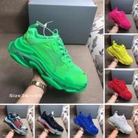 ayakkabı markaları toptan satış-Kutu tasarımcı 17FW Üçlü S orta taban Sneakers kadınları Neon Yeşili lüks artan Marka Casual Baba Ayakkabı mens A Clear Balon ekler ile