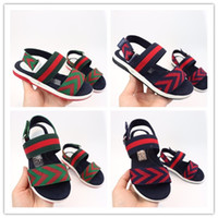bebek açık ayakkabılar toptan satış-gucci Tasarımcı ayakkabı bebek ins Yumuşak alt sandalet 2018 Yeni Yaz çocuklar çevirme PU Bebek burnu açık Sandalet bebek Ilk Yürüyüşe ayakkabı