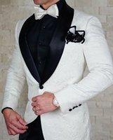 homens branco slim fit tuxedo venda por atacado-Branco Patter Jacquard Personalizado terno dos homens Terno Do Casamento Do Noivo (casaco + calça + colete) Homens Tuxedo Homem Ternos Slim Fit Traje de Baile Homme