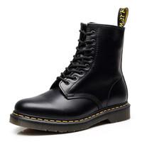 sapatos oxford para mulheres venda por atacado-Botas de couro Doc botas dos homens Martin sapatos de couro Dr. Motocicleta Mulheres Tornozelo Botas 35-46 Casal Quente Unisex Oxfords calçados