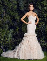 nackt geschmückte kleider großhandel-Das neue hochwertige ärmellose Brautkleid mit V-Ausschnitt für das Jahr 2019 mit floral verziertem Brautkleid und Robe De Mariee
