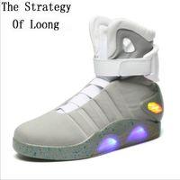 yüksek üst led ayakkabı toptan satış-İlkbahar Sonbahar Erkekler Artı boyutu LED Ayakkabı Sneakers Düz Yüksek en iyi Big Boy Ayakkabı Moda Günlük Parlak Man Boots 20180112