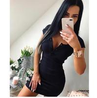 düşen boyun elbisesi toptan satış-Yaz Elbise Güz Kadınlar Seksi Casual Örgü Kılıf Mini Elbiseler Bayanlar Katı V Boyun Göğüs Düğme Kısa Kollu Bodycon Elbise