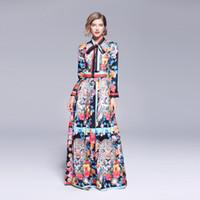 kravat maxi elbise toptan satış-Pist Tasarımcısı Geri Aslan Kat Uzunlukta Maxi Elbise 2019 Güz Kadın Papyon Yaka Hit Renk Çiçek Baskı Salıncak Pileli Elbise