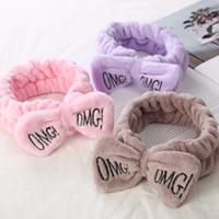 """ingrosso capelli gialli coreano-New Letter """"OMG"""" Coral Fleece Soft Bow Fasce per le donne Ragazze Cute Hair Holder Hairbands Fasce per capelli Accessori Headwear"""