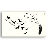 tatuaje de transferencia de plumas al por mayor-Tatuaje Negro Pegatinas Extraíbles Transferencia de Agua tatuajes Falsos desechables Impermeable Etiqueta Temporal Aves Volador Pluma D19011203