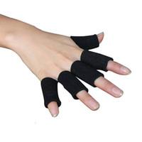 dedo de voleibol de badminton venda por atacado-upport saia 10pcs / set Elastic dedo da luva Suporte Sports Brace Thumb Protector de Basquetebol Voleibol Badminton Gym Fitness saúde ...