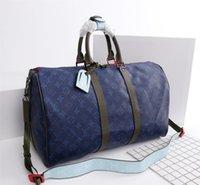 erkek marka seyahat çantası toptan satış-AAA yeni moda erkekler ve kadınlar seyahat çantası spor çantası marka tasarımcı bagaj büyük kapasiteli spor çanta 45 * 27 * 20 cm