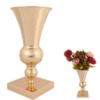 lebende vasen großhandel-Vintage Europa Blume Pflanzenvase Eisen Ornamente Tischplatte Boden Wohnzimmer Hochzeit Party Event Dekoration Vasen