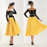 vestidos de novia largos vestidos amarillos al por mayor-Vestidos elegantes de la madre de la novia de encaje 2019 con mangas largas Apliques hasta la rodilla Vestido de invitados a la boda Vestidos de noche amarillos por encargo