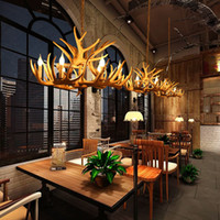 candelabros de cuerno al por mayor-Europa Country 9 Head Candle Antler Chandelier American Retro Resin Deer Horn Lamps Decoración del hogar Iluminación E14 110-240V
