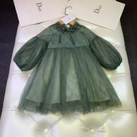 vestido de encaje bordado mangas al por mayor-Las niñas visten ropa de diseñador para niños otoño nueva flor bordada con costuras superiores de encaje bordado linterna manga vestido falda nueva