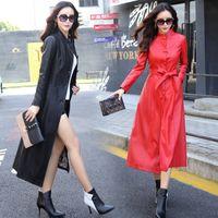 ingrosso coreano sottile strato di trincea-Donne Faux Leather Jacket Giacca Autunno Inverno PU Abbigliamento Button cintura coreano elegante Slim Fit cappotto di trincea lungo giacca a vento LJJA2548