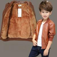 abrigo de niño de moda al por mayor-Venta al por menor 5 colores niños niñas más chaqueta de cuero de cachemir Abrigos Chaquetas de diseño para niños de invierno Moda abrigos gruesos abrigos de lujo