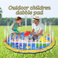 bebek açık havlu toptan satış-Açık Şişme Yağmurlama için Mat oyna Su Eğlenceli Sprey Mat Oynarken Pad Çocuk Çocuk Yüzme Havuzu Oyuncak Bebekler ve Toddlers için