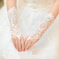 luvas de renda para casamentos venda por atacado-Feminino Noiva Luvas Curtas Beads Rhinestone Lace Luvas De Casamentos Sem Dedos