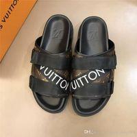 sandales noires élégantes achat en gros de-Sandales plates classiques noires pour hommes, bascules en cuir de vache avec lettres, élégant et confortable, taille 39-44