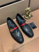 Newst 2020 Uomo coccodrillo vestito formale scarpe da uomo Mocassini partito di nozze Business scarpe Brogue Designer di lusso scarpe in vera pelle