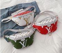 paquetes de cintura para hombre al por mayor-Moda Hombres Mochila Diseñador Crossbody Bolsa Para Mujeres y Hombres Diseñador bumbag monedero fannypack riñonera Riñoneras