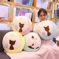 ornement de lune achat en gros de-New hot creative doux lune chat arrière chat oreiller en peluche jouet décoration de la maison ornements jouets pour enfants cadeaux