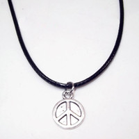 Wholesale leather peace sign jewelry for sale - Group buy Alloy Peace Sign Anchor Snowflake Leaves Star Necklace Black Leather Cord Collar Pendant Necklaces Men Women Jewelry Trinkets