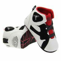 sapatos de criança de sola de couro venda por atacado-Sapatos infantis de berço de couro Bebés primeiros caminhantes botas Toddlers soft sole winter warm sneakers