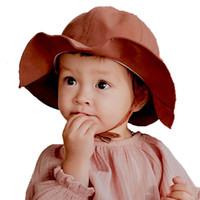 säugling sommer eimer hüte großhandel-Neue 2019 Sommerbaby Fischerhüte Baumwollart und weise scherzt Wannen-Hutkindhüte Normallackjungenmädchen Sun-Kappen 4 Farben C6658