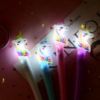starker magnetischer magischer ring großhandel-INS Kinder Einhorn Licht Spielzeug Luminous Light Pen Glow In The Dark Gel Stift Jungen Mädchen Einhorn Glowing Toys Kinder Leuchten Spielzeug A8141