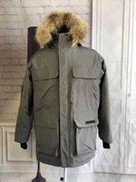 casacos de inverno casuais venda por atacado-Hot Sale Canadá Moda Casaco Fria Prevenção Mens Jaquetões Estrela mesmo estilo Mens Designer inverno Coats bolso Decoração